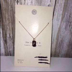 NWT A New Day Initial 'R' Necklace